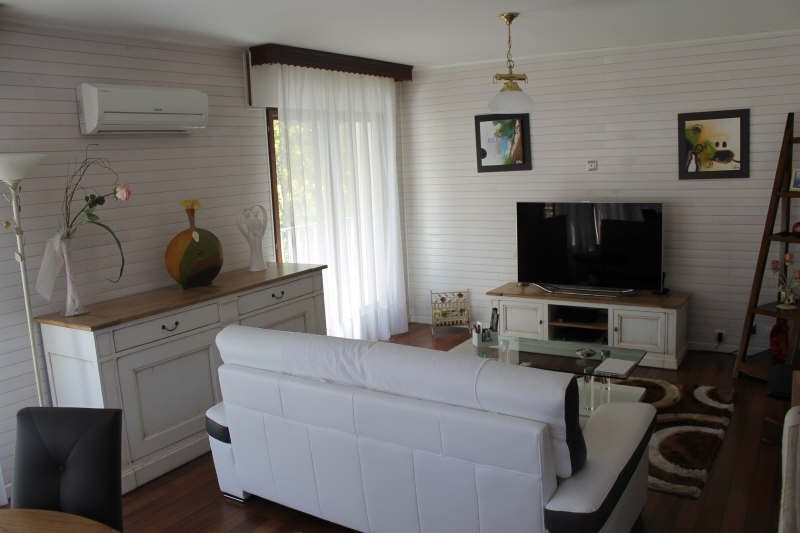 Sale apartment Toulon 208 000€ - Picture 1