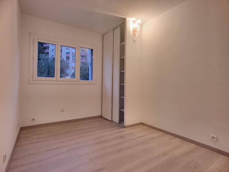 Sale apartment Saint laurent du var 278000€ - Picture 5