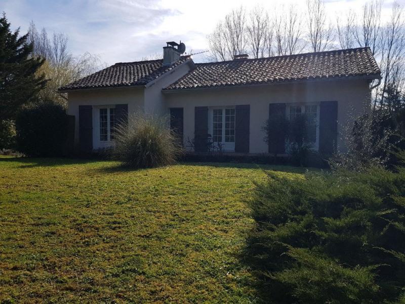 Sale house / villa Bajamont 213000€ - Picture 2