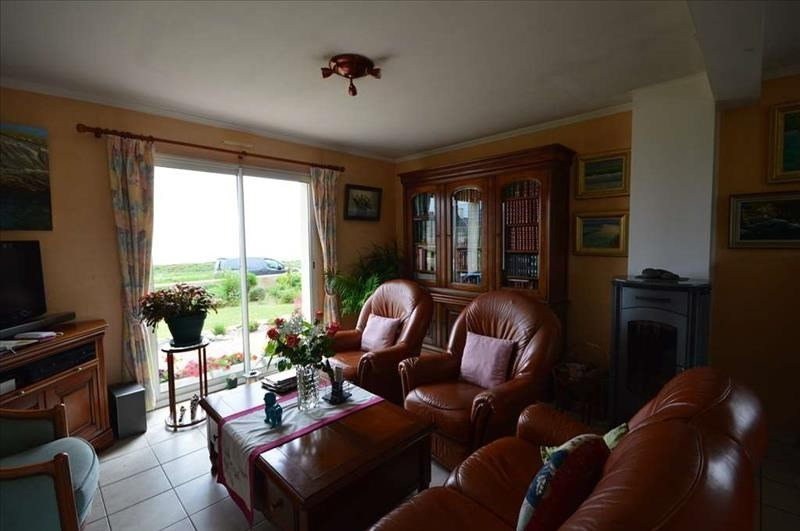 Sale house / villa Plouhinec 270 920€ - Picture 6