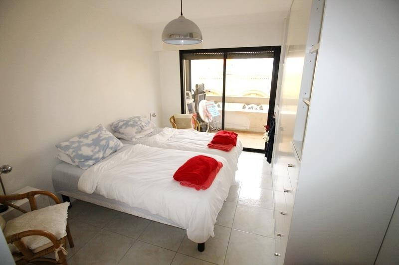 Sale apartment Nice 520 000€ - Picture 2