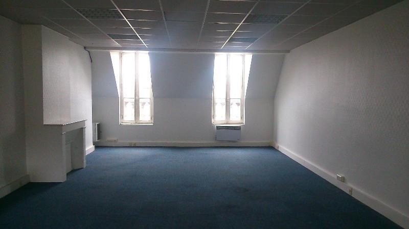 Location bureau Bordeaux 1152€ CC - Photo 2