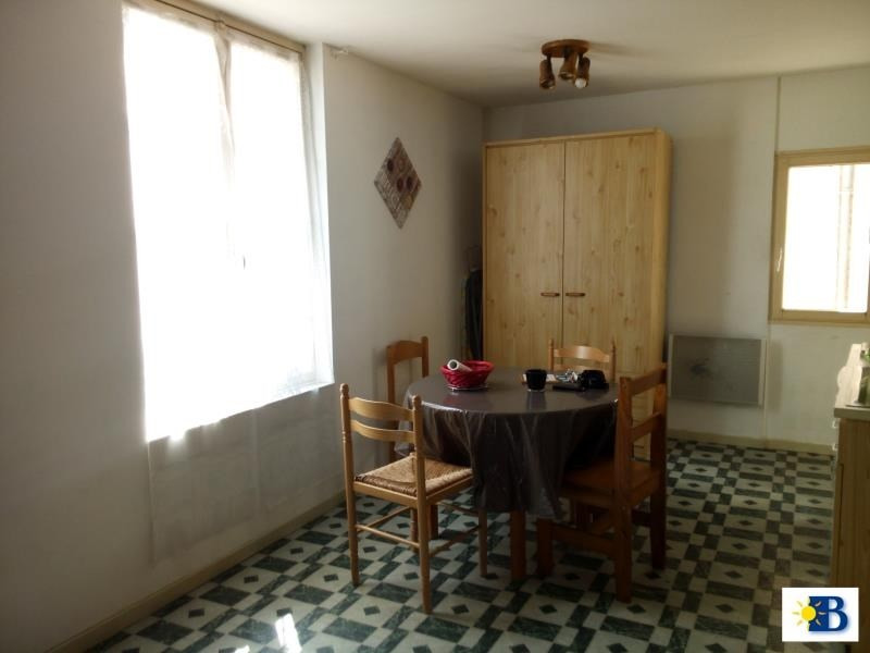 Location appartement Chatellerault 296€ CC - Photo 1
