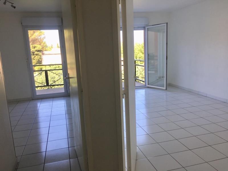 Rental apartment Salon de provence 759€ CC - Picture 5