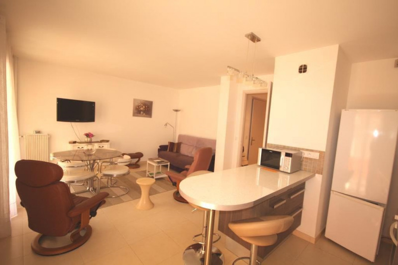 Location vacances appartement Juan-les-pins  - Photo 1