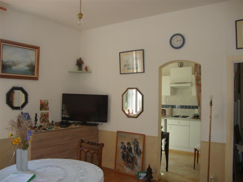 Sale apartment Saint-jean-d'angély 41400€ - Picture 4