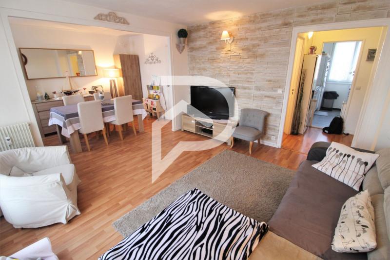 Sale apartment Eaubonne 155000€ - Picture 1