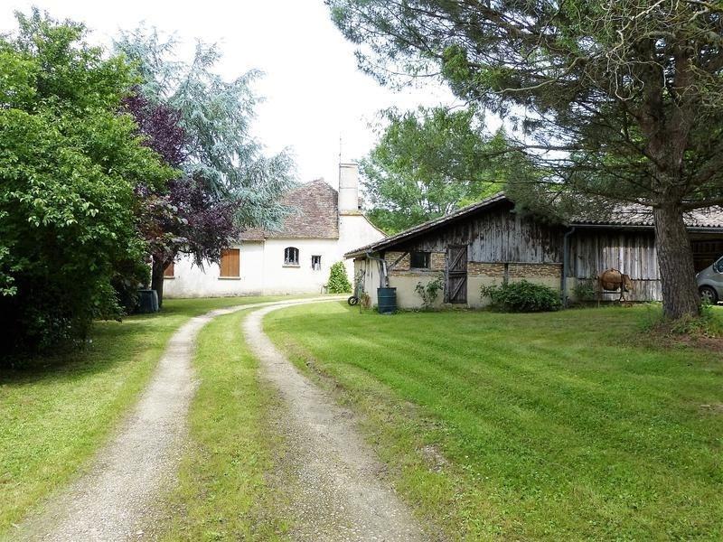 Vente maison / villa St geraud de corps 250000€ - Photo 3