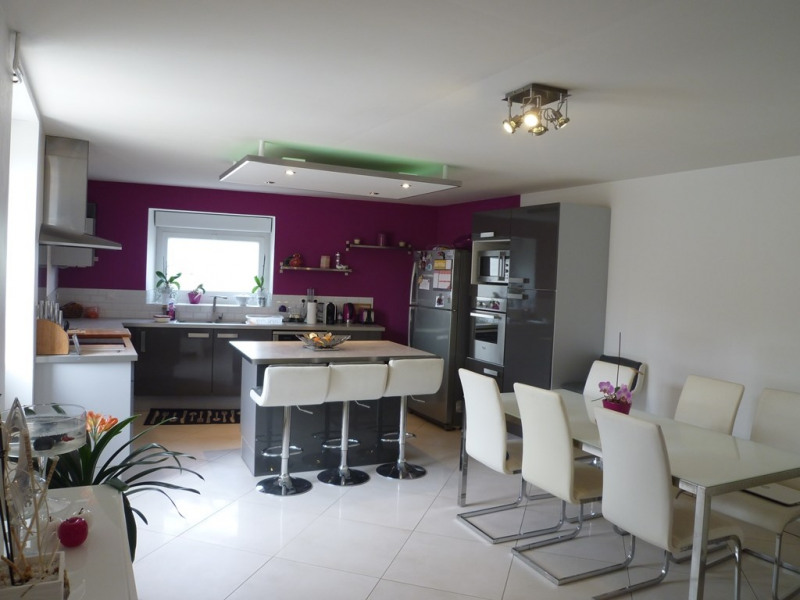 Sale house / villa Chateaubernard 314000€ - Picture 2