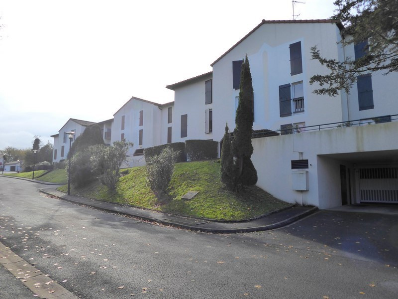 Sale apartment Saint jean de luz 235 000€ - Picture 1