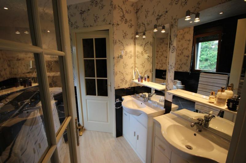 Deluxe sale house / villa Mellac 567000€ - Picture 14