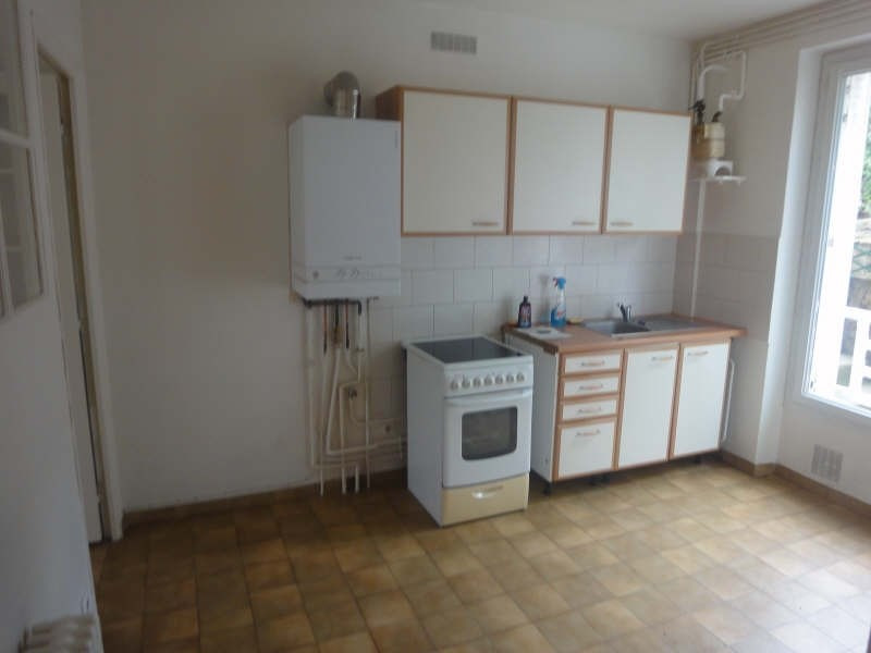 Rental apartment La celle saint cloud 1 090€ CC - Picture 3