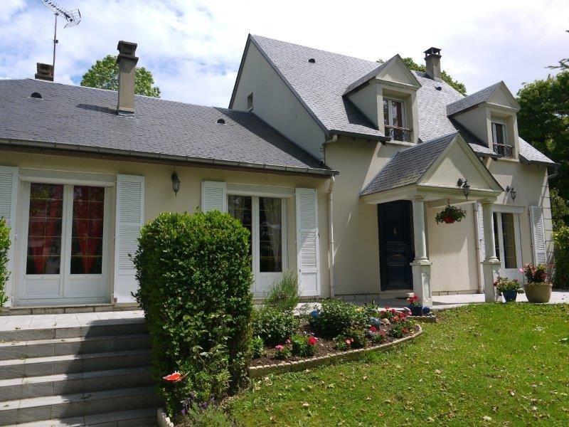 Sale house / villa Breval 398000€ - Picture 1