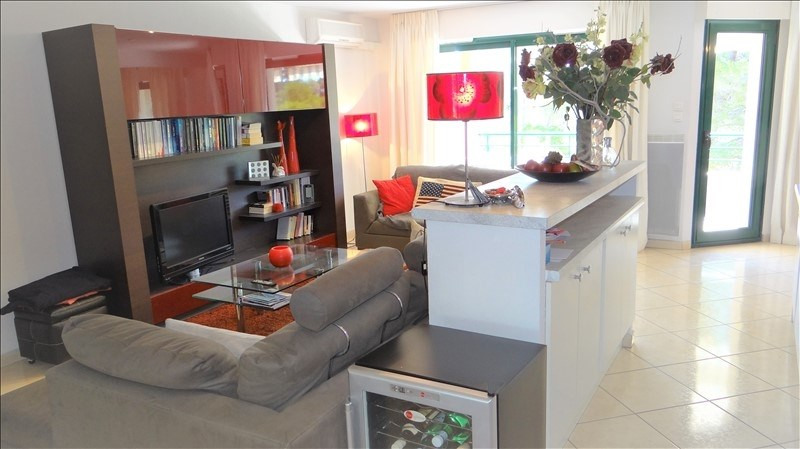 Sale apartment Cavalaire 477 000€ - Picture 2