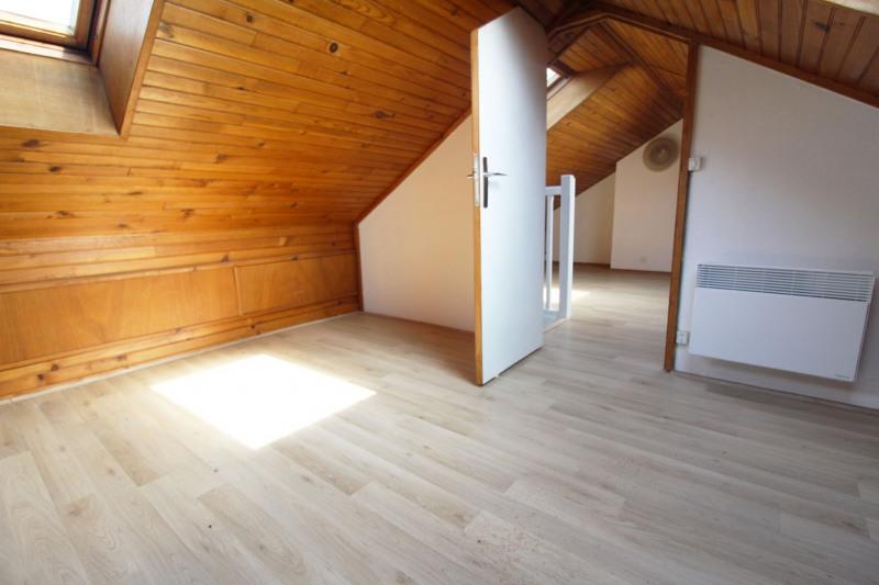 Sale house / villa Maurepas 331000€ - Picture 8