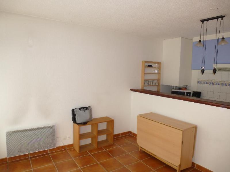 Location appartement Le tholonet 620€ CC - Photo 3