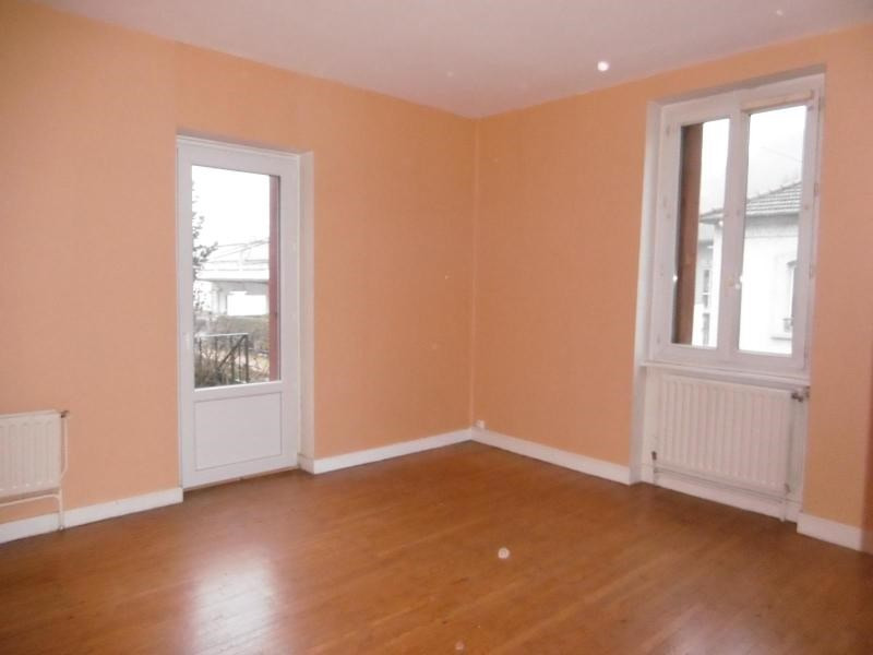 Location appartement Tarare 446€ CC - Photo 1