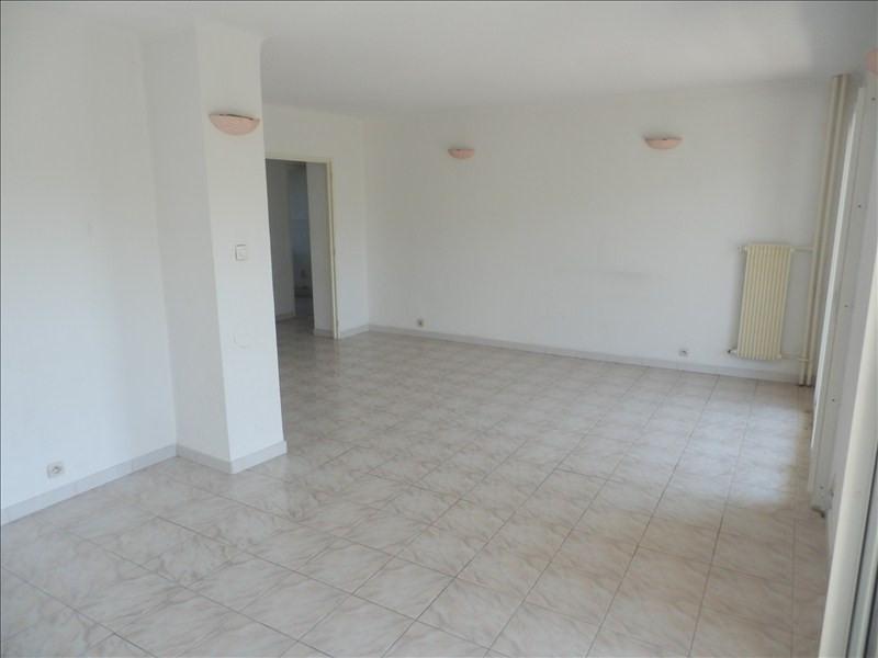Rental apartment Toulon 767€ CC - Picture 2