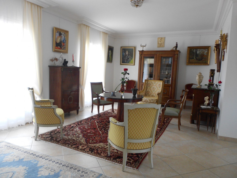 Vente maison / villa Mirambeau 275 000€ - Photo 2