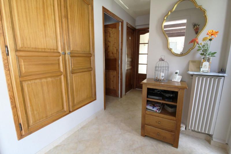 Sale house / villa Maurepas 378000€ - Picture 4