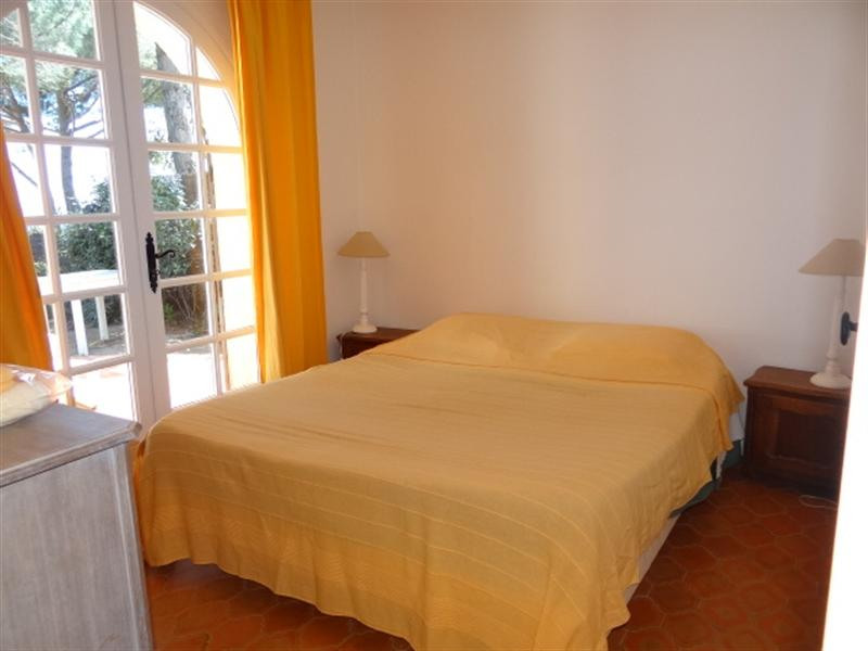 Vacation rental house / villa Cavalaire sur mer 900€ - Picture 17