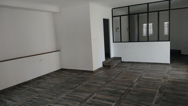 Location appartement Meyrargues 950€ CC - Photo 4
