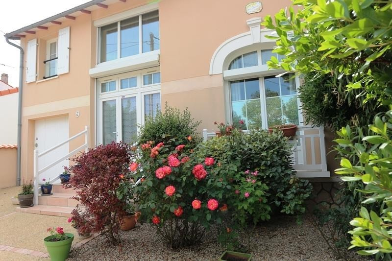 Sale house / villa Chatelaillon plage 449 000€ - Picture 1