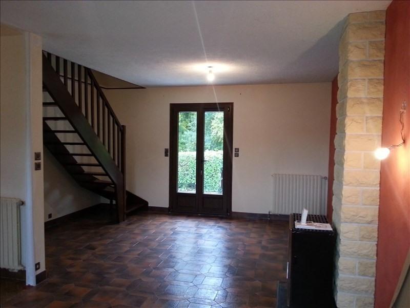 Location maison / villa St firmin des pres 715€ CC - Photo 3