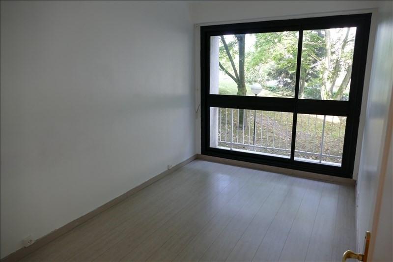 Rental apartment Verrieres le buisson 1115€ CC - Picture 5