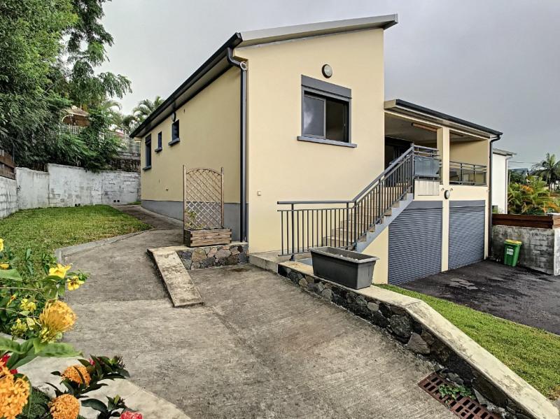 Location maison / villa Saint pierre 1026€ CC - Photo 1