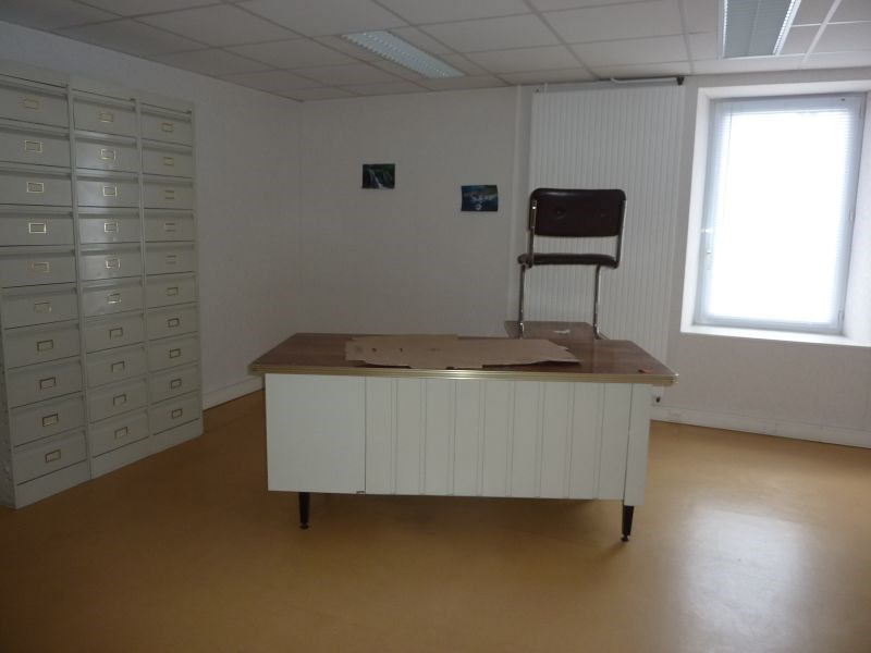 Rental office Le sourn 1 800€ HC - Picture 9