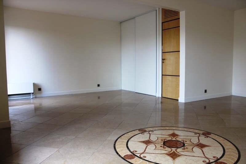 Sale apartment Rueil malmaison 780000€ - Picture 1
