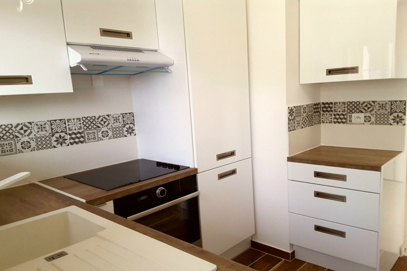 Sale apartment Antibes 465 000€ - Picture 2