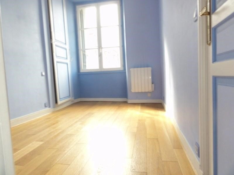 Rental apartment Versailles 995€ CC - Picture 4