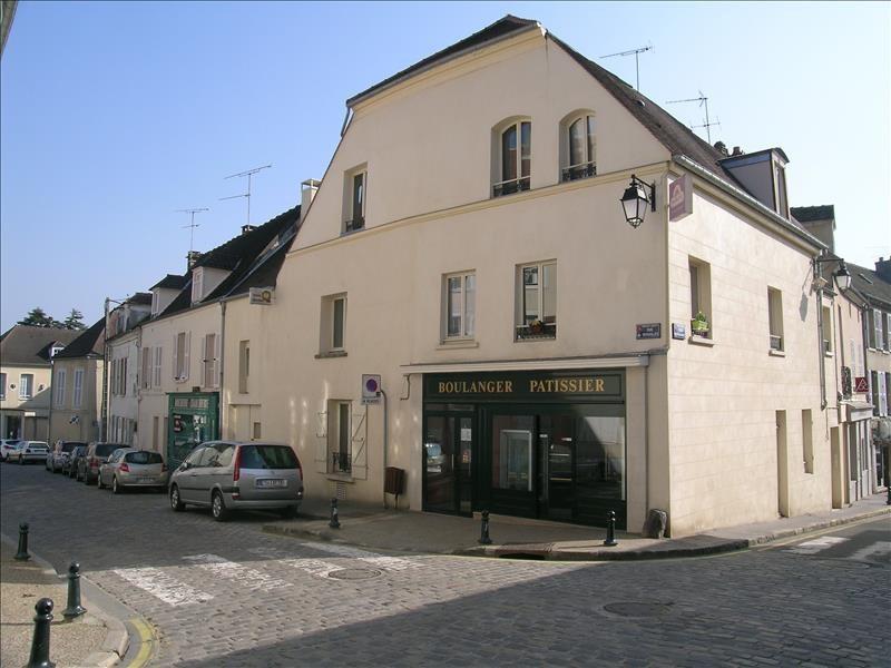 Location appartement Montfort-l'amaury 590€ CC - Photo 1