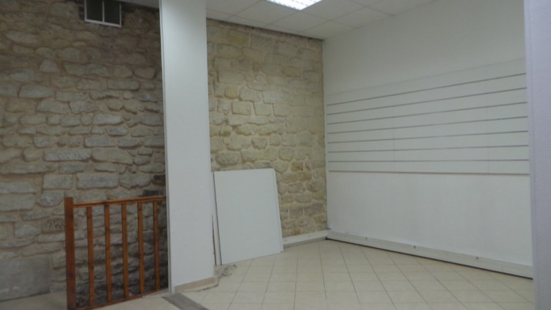 Location local commercial Paris 20ème 995€ CC - Photo 6