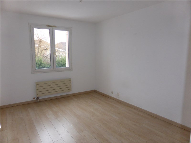 Rental apartment Prevessin-moens 1 132€ CC - Picture 5