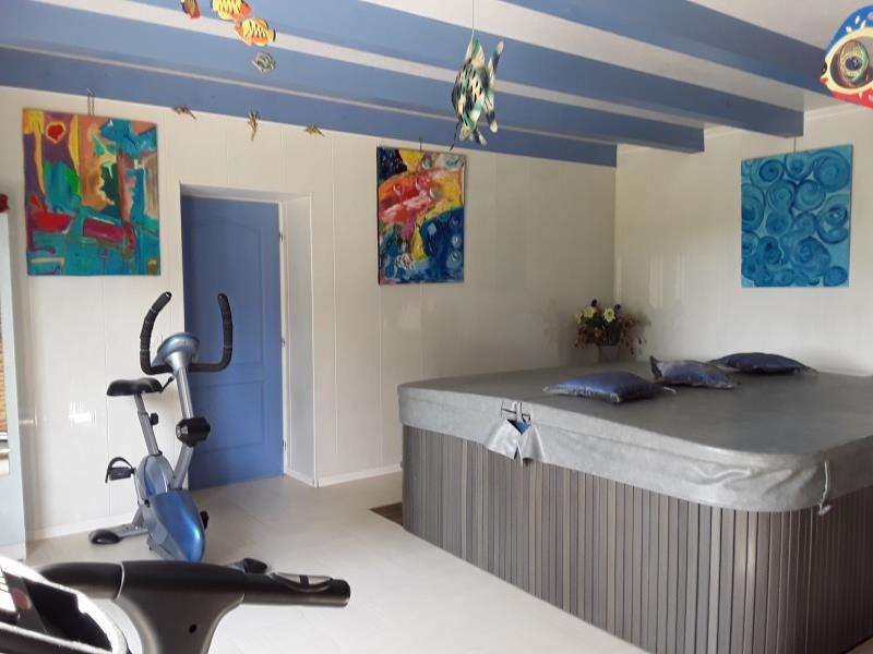 Revenda residencial de prestígio casa Bazas 680600€ - Fotografia 3