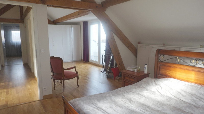 Deluxe sale apartment Bossey 649000€ - Picture 4