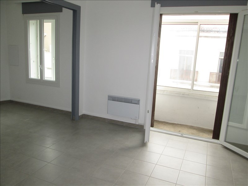 Location appartement Sete 660€ CC - Photo 3