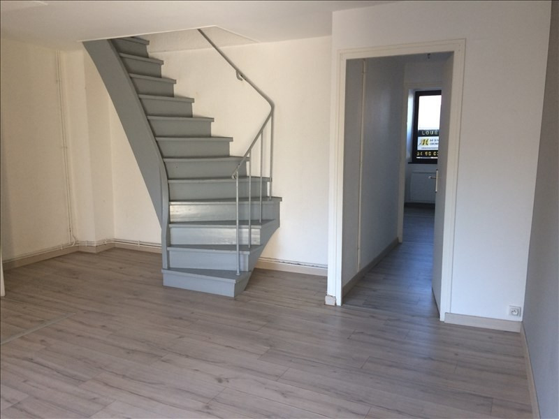Location appartement La roche sur foron 840€ CC - Photo 2