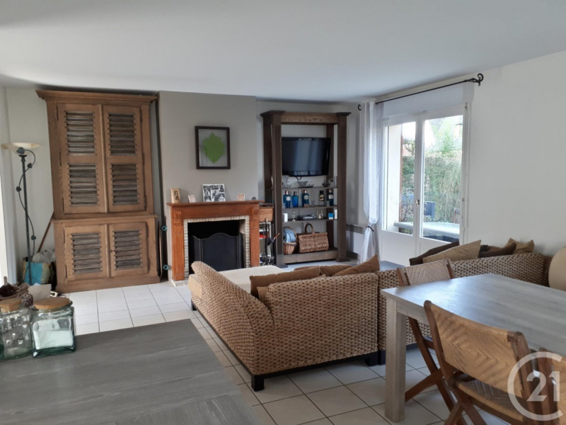 Revenda residencial de prestígio casa Deauville 560000€ - Fotografia 2