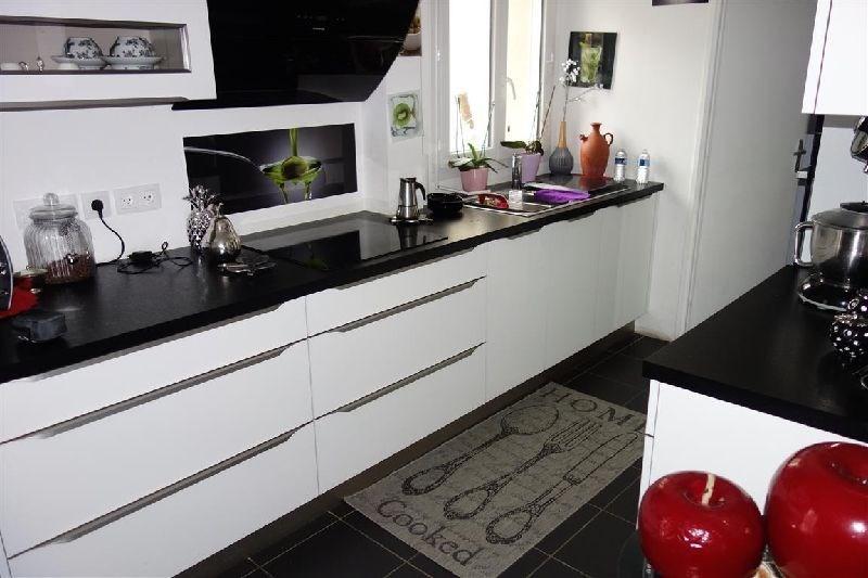 Revenda casa Ste genevieve des bois 369000€ - Fotografia 2