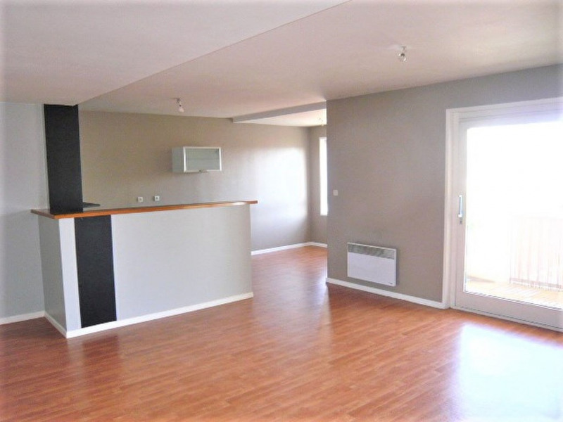 Rental apartment Erquinghem lys 700€ CC - Picture 1