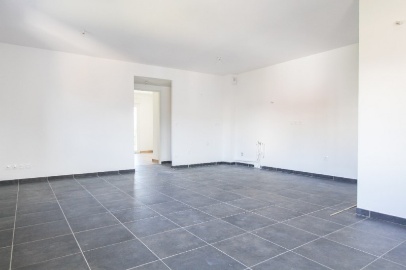 Sale apartment Chambery 255 000€ - Picture 2
