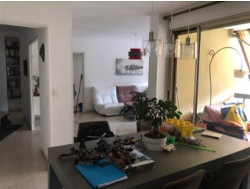Rental apartment Nimes 909€ CC - Picture 3
