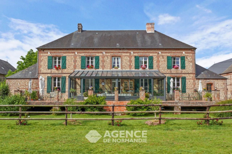 Deluxe sale house / villa Montreuil-l'argillé 308000€ - Picture 1