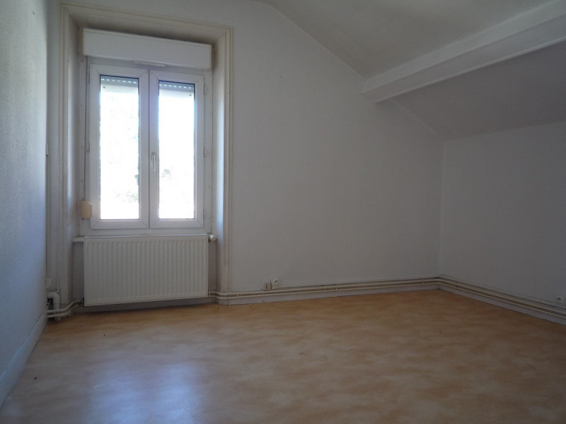 Location appartement Le chambon sur lignon 385€ CC - Photo 2