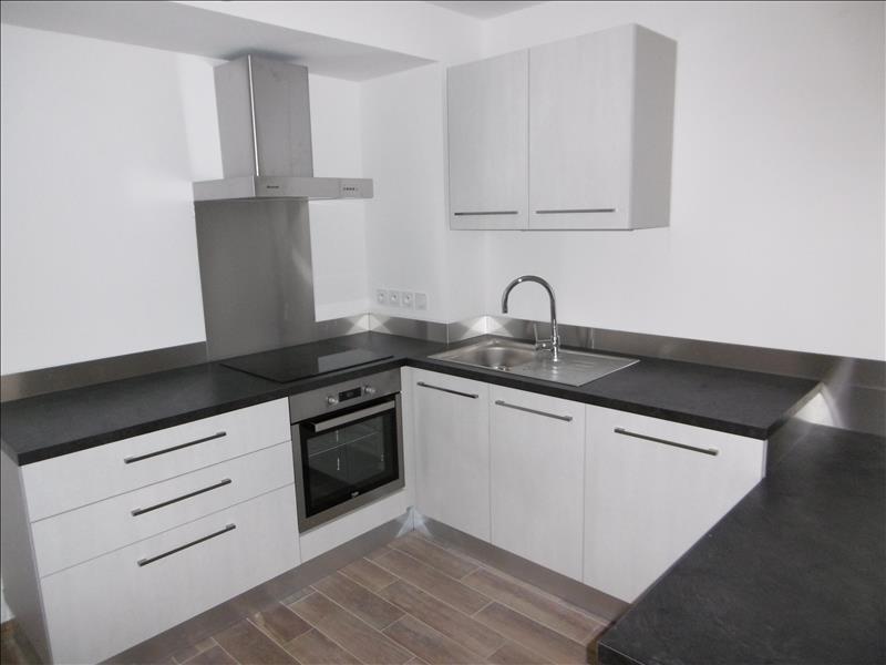 Rental apartment Bartenheim 600€ CC - Picture 1