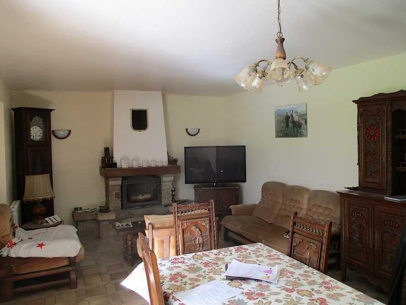Sale house / villa Lanrivain 254400€ - Picture 3
